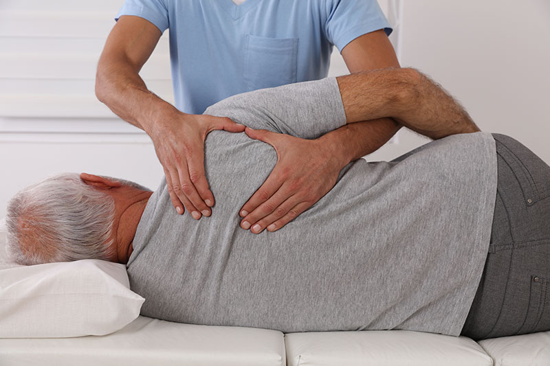 Therapie bei Arthrose: Massage