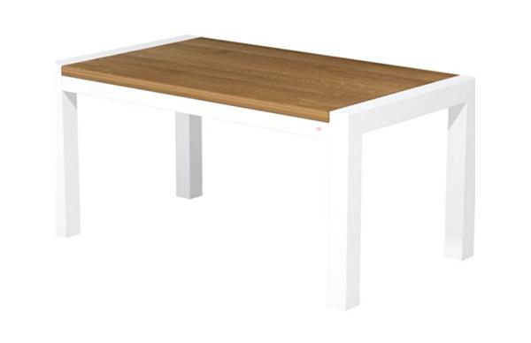 weißter Tisch mit Holzplatte