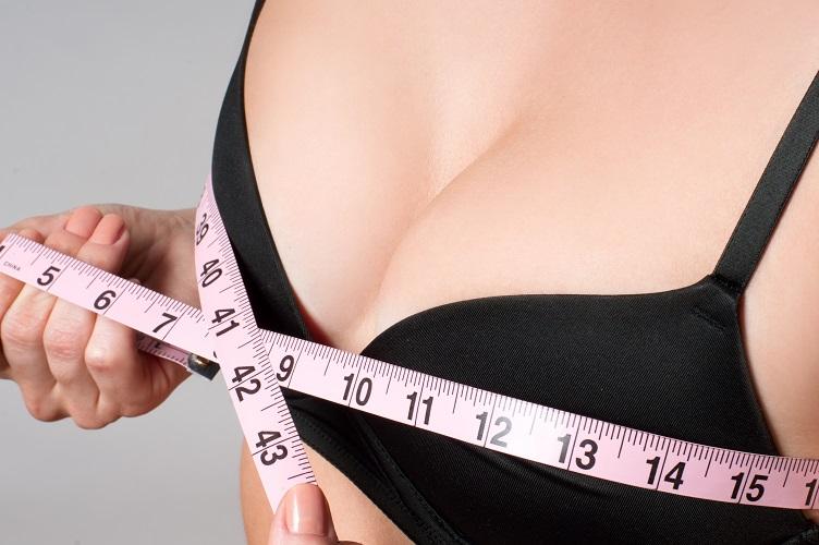 Brustverkleinerung mit dem Deutschen Ärzteservice
