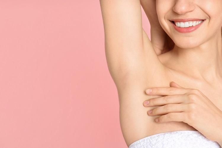 Schönheitsoperationen mit dem Deutschen Ärzteservice: Schweißdrüsenentfernung