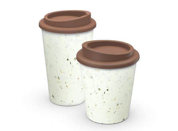 weiß-brauner Kaffee-To-Go-Becher